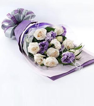 10枝白玫瑰/恋紫-订花人鲜花