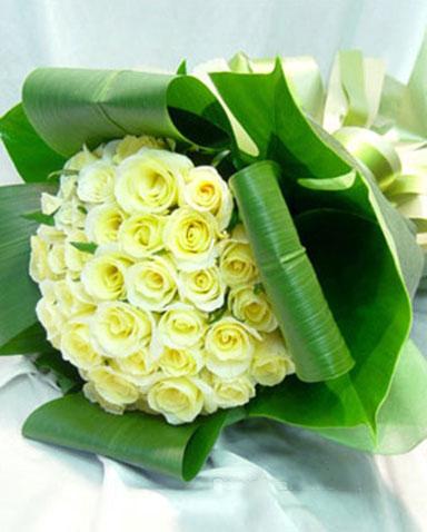 33枝白玫瑰/爱人-订花人鲜花