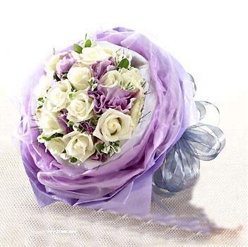 11枝白玫瑰/平淡最长久-订花人鲜花