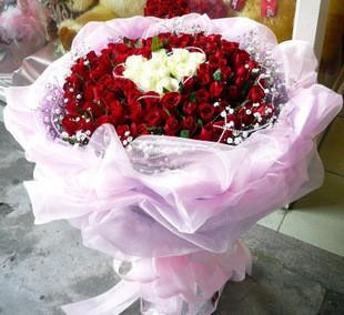 99枝红玫瑰/心心相应