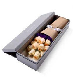 礼盒/11枝香槟玫瑰恰似你的温柔